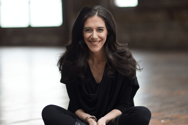 FTN 052: Failing Doesn't Mean You're a Failure, with Amanda Steinberg